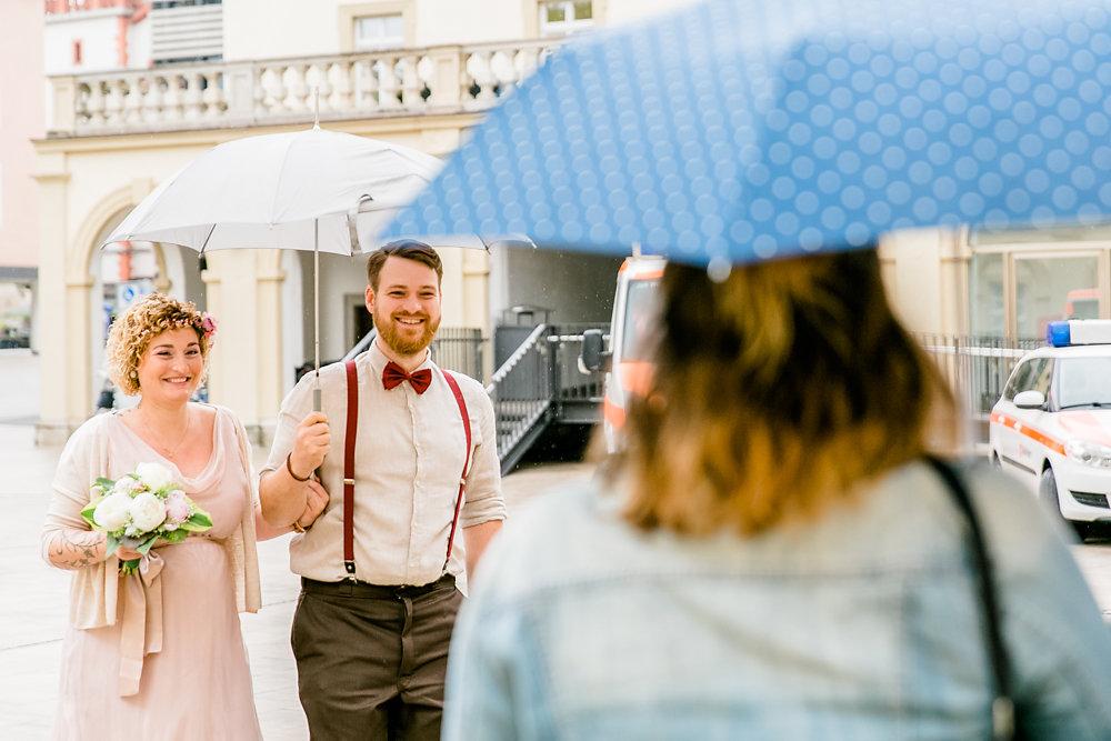 standesamtlich-Hochzeit-wurzburg-im-gruenen-22.jpg