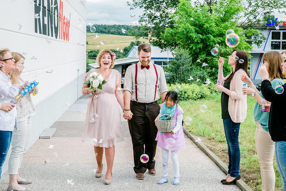 standesamtlich-Hochzeit-wurzburg-im-gruenen-74.jpg