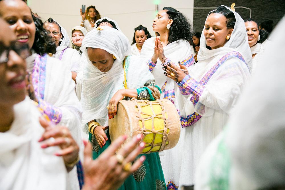 farbenfrohe-eritreische-Hochzeit-Fotografie-Bochum-Koln-42.jpg