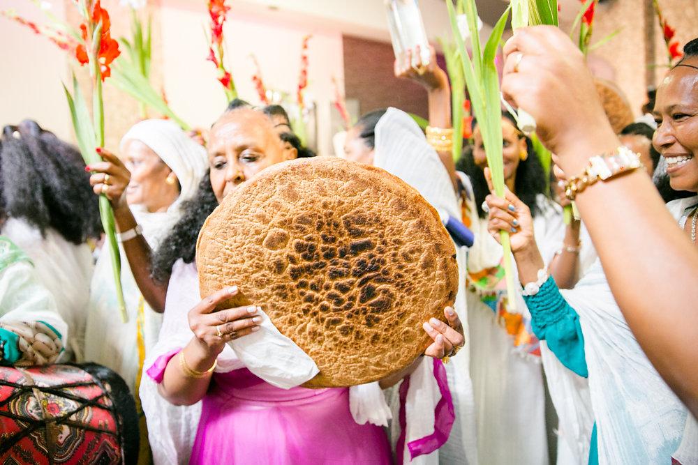 farbenfrohe-eritreische-Hochzeit-Fotografie-Bochum-Koln-46.jpg