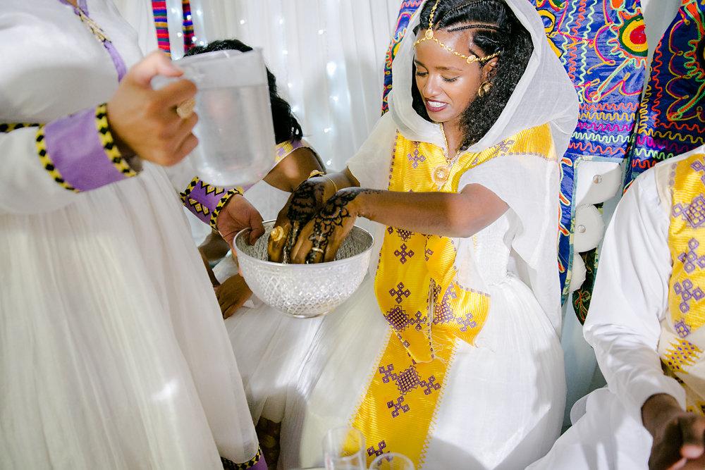 farbenfrohe-eritreische-Hochzeit-Fotografie-Bochum-Koln-57.jpg