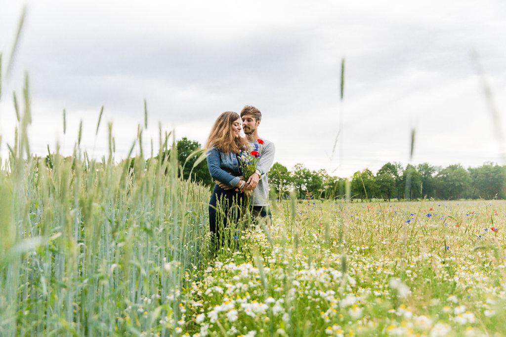 mh-hochzeitsfotografie-verlobung-im-gruenen-botropp-32.jpg